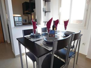 Two-Bedroom Apartment in Roldan, Apartmány  Roldán - big - 8