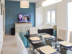 Three-Bedroom Apartment in Santiago de la Ribera