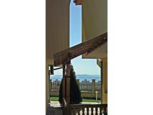 Two-Bedroom Holiday Home in Balchik, Case vacanze  Karvuna - big - 15