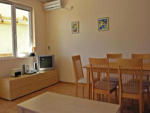 Two-Bedroom Holiday Home in Balchik, Дома для отпуска  Karvuna - big - 6