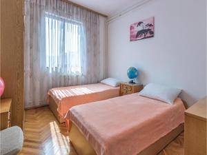 Two-Bedroom Apartment in Pula, Apartmány  Pula - big - 6