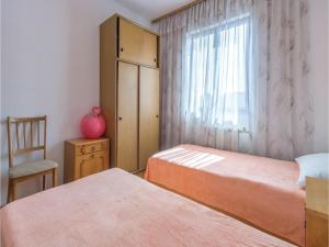 Two-Bedroom Apartment in Pula, Apartmány  Pula - big - 5