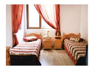Two-Bedroom Apartment in Ravda, Apartmanok  Ravda - big - 8