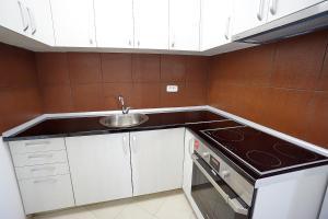 Budva Bay Breeze Apartments, Ferienwohnungen  Budva - big - 91