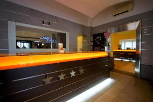 Best Western Crystal Palace Hotel