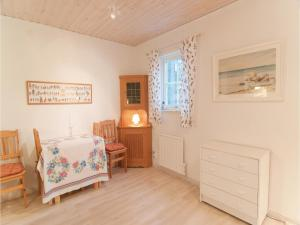 One-Bedroom Holiday home Lärbro 0 06, Dovolenkové domy  Valleviken - big - 6