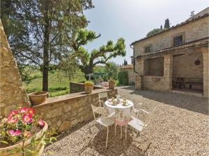 Holiday home Loc. Ama in Chianti, Holiday homes  San Sano - big - 21