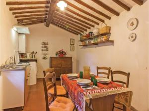 Holiday home Loc. Ama in Chianti, Holiday homes  San Sano - big - 26