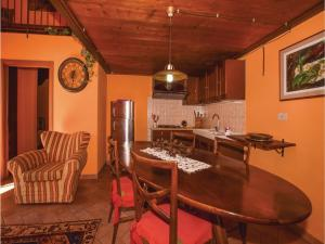 Two-Bedroom Apartment in Tavarnelle V.P. FI, Appartamenti  Tavarnelle in Val di Pesa - big - 12