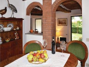 Three-Bedroom Holiday home with a Fireplace in Gaiole in Chianti SI, Dovolenkové domy  San Sano - big - 9
