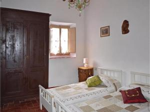 Three-Bedroom Holiday home with a Fireplace in Gaiole in Chianti SI, Dovolenkové domy  San Sano - big - 7