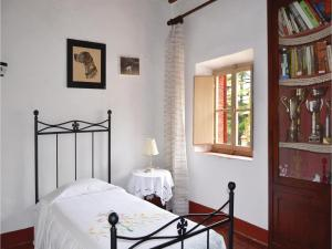 Three-Bedroom Holiday home with a Fireplace in Gaiole in Chianti SI, Dovolenkové domy  San Sano - big - 6