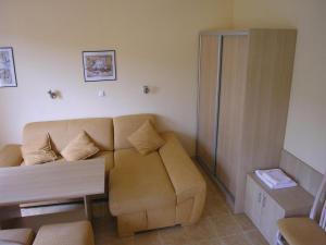 Apartment Village of Kranevo B, Rositsa st. III, Apartments  Kranevo - big - 3