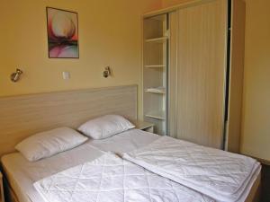 Apartment Village of Kranevo B, Rositsa st. III, Apartments  Kranevo - big - 5