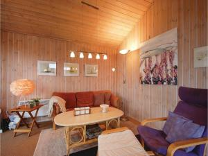 Two-Bedroom Holiday Home in Bjert, Case vacanze  Sønder Bjert - big - 13