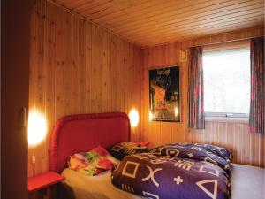 Two-Bedroom Holiday Home in Bjert, Case vacanze  Sønder Bjert - big - 2