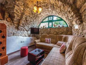Four-Bedroom Holiday Home in Tribalj