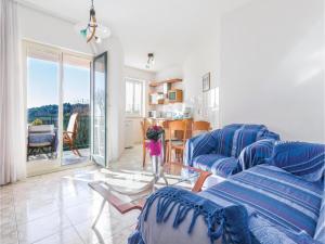 Apartment Rovinj with Sea View 05