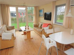 Holiday home Haderslev 79 with Hot tub, Case vacanze  Kelstrup Strand - big - 8