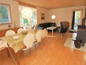 Two-Bedroom Holiday home Haderslev with a Fireplace 103, Дома для отпуска  Kelstrup Strand - big - 9