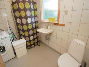 Two-Bedroom Holiday home Haderslev with a Fireplace 103, Дома для отпуска  Kelstrup Strand - big - 2
