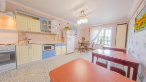 Guest house Aquarel, Penzióny  Goryachiy Klyuch - big - 38