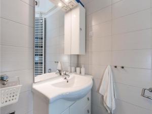 One-Bedroom Apartment in Zagreb, Apartments  Zagreb - big - 3
