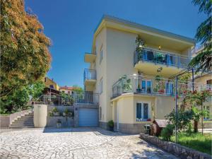 Apartment Malinska with Sea View I, Appartamenti  Malinska - big - 1