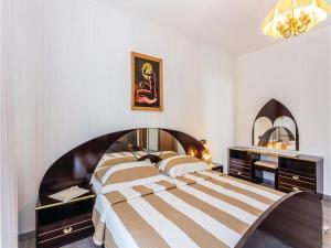 Apartment Malinska with Sea View I, Appartamenti  Malinska - big - 8