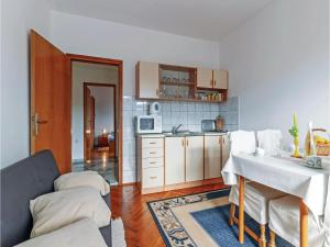 One-Bedroom Apartment in Drage