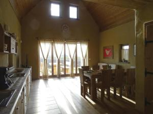 Two-Bedroom Holiday home Moravske Toplice with an Outdoor Swimming Pool 07, Holiday homes  Moravske-Toplice - big - 12