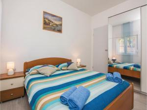 Two-Bedroom Apartment in Sv.Filip i Jakov, Appartamenti  Sveti Filip i Jakov - big - 11