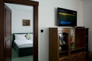 Zámeček Pod Hradem, Hotels  Starý Jičín - big - 10