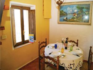Three-Bedroom Holiday home Metato Camaiore LU with Sea View 02, Prázdninové domy  Casoli - big - 13