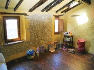Three-Bedroom Holiday home Metato Camaiore LU with Sea View 02, Holiday homes  Casoli - big - 11