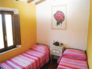 Three-Bedroom Holiday home Metato Camaiore LU with Sea View 02, Holiday homes  Casoli - big - 6
