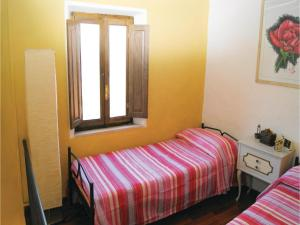 Three-Bedroom Holiday home Metato Camaiore LU with Sea View 02, Holiday homes  Casoli - big - 5