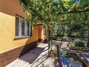 Holiday home Cavle 44 Croatia, Prázdninové domy  Čavle - big - 24