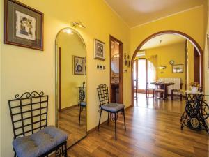 Two-Bedroom Apartment with Sea View in Rijeka, Appartamenti  Turan - big - 10
