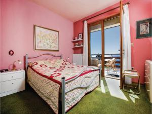 Two-Bedroom Apartment with Sea View in Rijeka, Appartamenti  Turan - big - 7