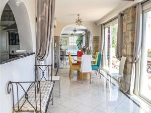 Holiday home Av des Caroubiers, Case vacanze  Beaulieu-sur-Mer - big - 19