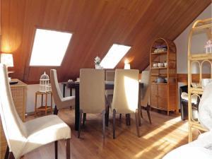 Three-Bedroom Holiday home in Split, Dovolenkové domy  Split - big - 6