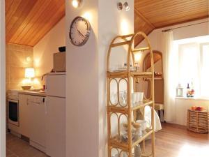Three-Bedroom Holiday home in Split, Dovolenkové domy  Split - big - 19