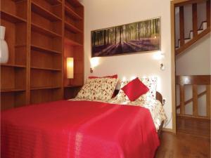 Three-Bedroom Holiday home in Split, Dovolenkové domy  Split - big - 18