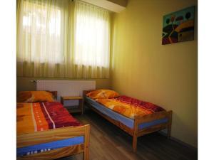Apartment Gagarin -Keszthely, Apartments   - big - 4