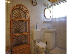 Holiday home Fenyves u.-Abrahamhegy, Holiday homes  Ábrahámhegy - big - 3