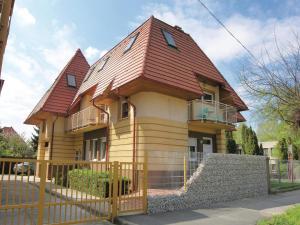 Apartment Gagarin Utca-Keszthely, Appartamenti  Keszthely - big - 1