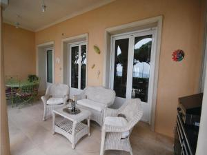Two-Bedroom Holiday home Sainte Maxime 0 03, Dovolenkové domy  Sainte-Maxime - big - 22