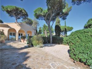 Two-Bedroom Holiday home Sainte Maxime 0 03, Dovolenkové domy  Sainte-Maxime - big - 24