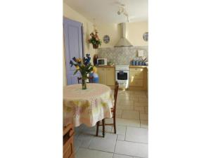 Four-Bedroom Holiday home Sainte Maxime with a Fireplace 08, Holiday homes  Sainte-Maxime - big - 16